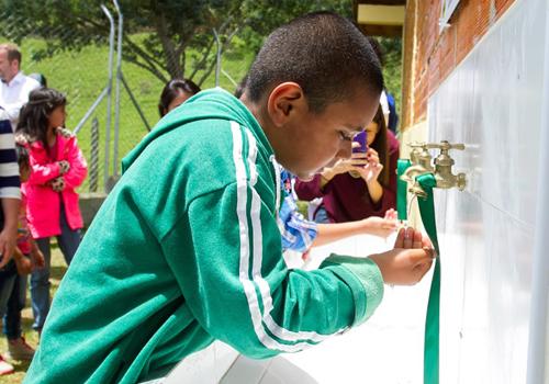 Agua para la educación